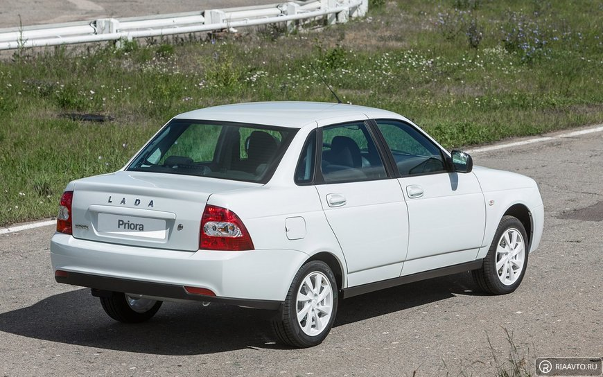 Купить priora sedan в кредит